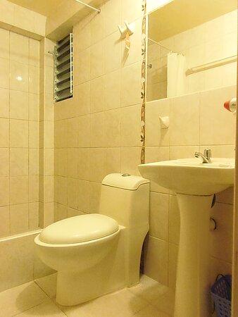 baño privado agua caliente