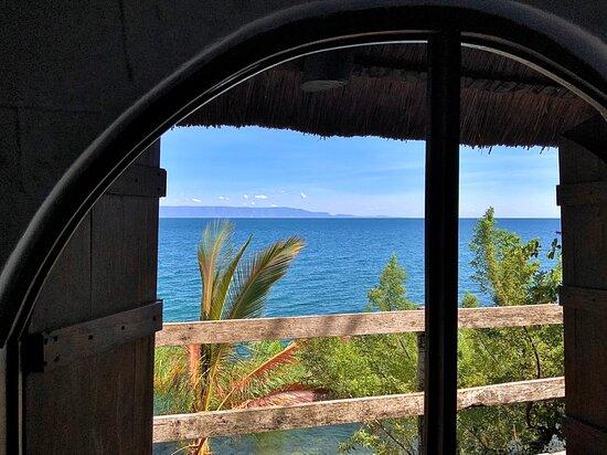Mpulungu, Zambia: Chalet No. 7 - Window view