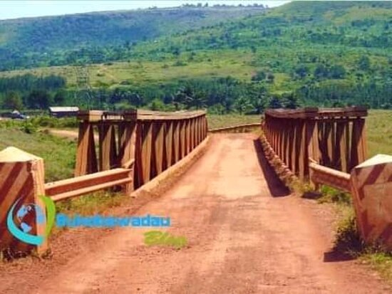 Kagera Region, Tanzania: Welcome Kagera kishara river