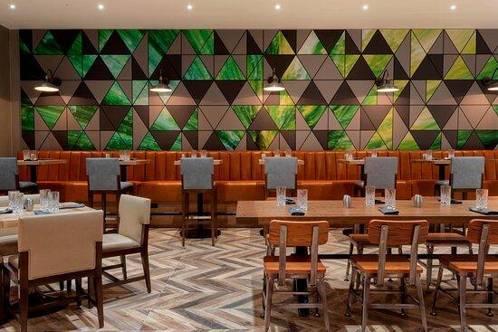 Central Rail Kitchen & Bar - Dining Room