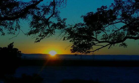 Byron, CA: Sunrise at Bethany Reservoir