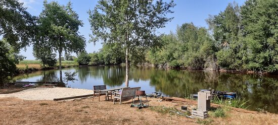 Champsac, France: repos, belle jours