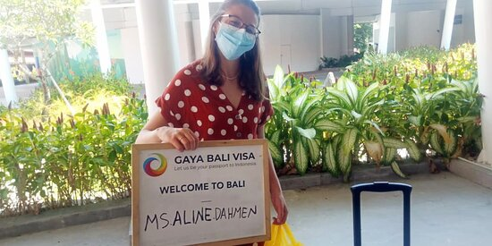 Bali Ngurah Rai Airport: We were pleased to welcome Ms. Aline to Bali. It is a pleasure to arrange your visa with your trust! ❤️ If you have questions about Business Visa, Business Setup, or Social Visa Onshore, you can visit our website and contact us. We would be glad to help you.