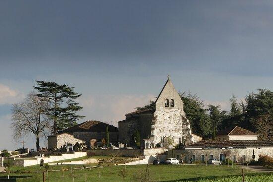 Église de Saint Vincent Lespinasse vue Coté Ouest au soleil couchant