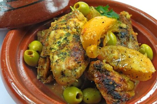 Tajine de volaille fermière au citron confis et olives
