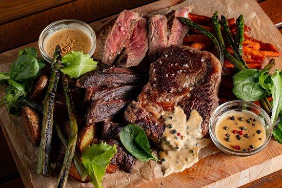 Steak platter for 2 (Hanger steak, ribeye steak, sirolin steak)