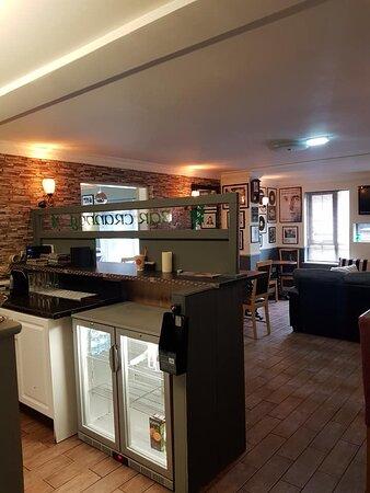 Crannog Bar (Guest bar Only opening summer 2021).
