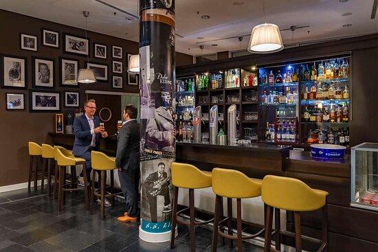 Bar | Rilano 24|7 Hotel Muenchen
