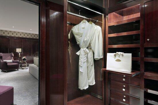 Royal Suite Wardrobe