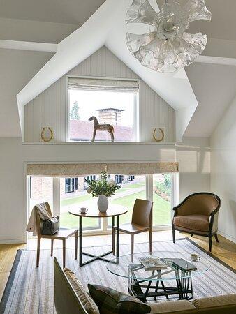 Coworth Park Stable Premium Suite Fairway Living R