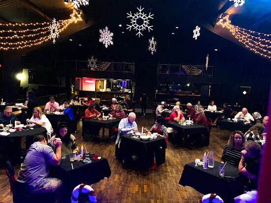 Christmas In Branson- Join Us For The Best Shows Branson Has To Offer In The Christmas Season! We provide delightful entertainment with unforgettable Branson shows that will bring laughter and joy to your entire party!