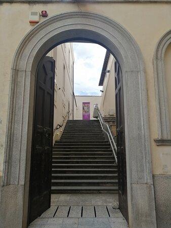 Complesso Monumentale San Giovanni. Ingresso