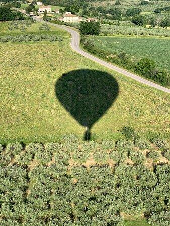 Gambar Balloon Adventures Italy, hot air balloon rides over Assisi, Perugia and Umbria