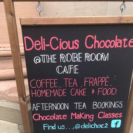 Deli-cious Chocolate