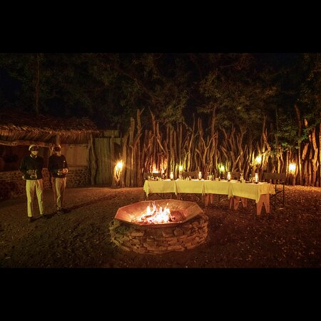 Mashatu Game Reserve, Botswana: A special dinner at Mashatu lodge