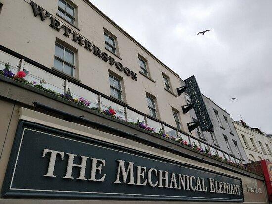 The Mechanical Elephant - J D Wetherspoon