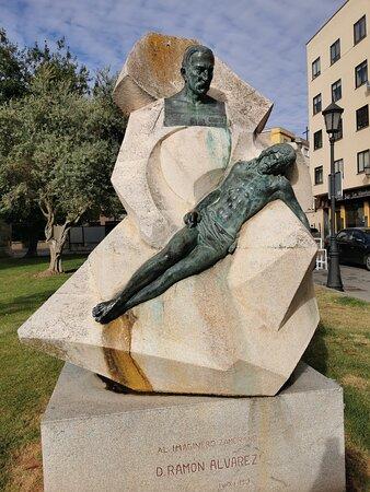 Monumento a Ramón Álvarez