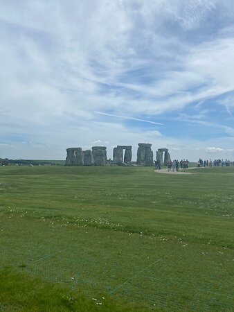 English Heritage Overseas Visitor Family Pass with Free Entry to Over 100 Attractions Photo
