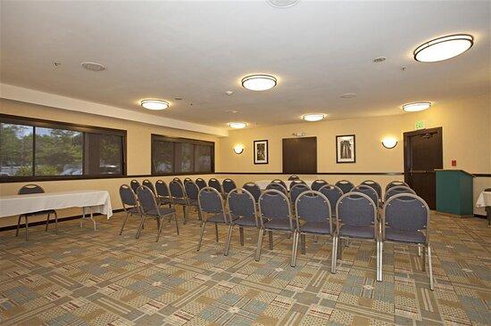 Sonoma Meeting Room