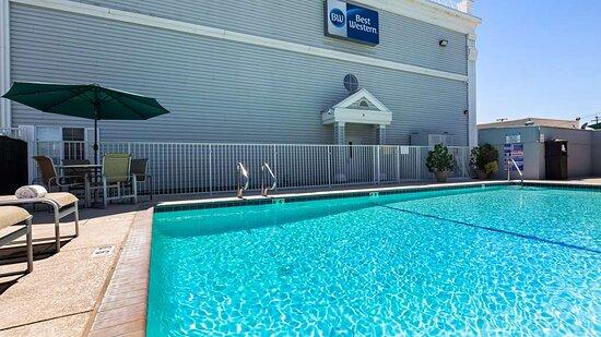 Los Banos, CA: Outdoor Pool