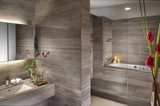Ascott Maillen Shenzhen Bathroom