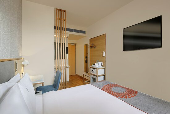 Holiday Inn Express Bengaluru Whitefield ITPL_Queen Bed Room