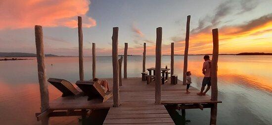 Poum, New Caledonia: Détente au coucher du soleil..!