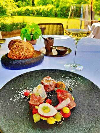 Excellent Signature 5 course menu, Restaurant Wolfslaar, Breda, last Saturday 29th of May 2021 for the first time dining outside on the gardenterrace on this beautiful estate Wolfslaar😋🌳🍽🍴🥄🍷🌿🌺
