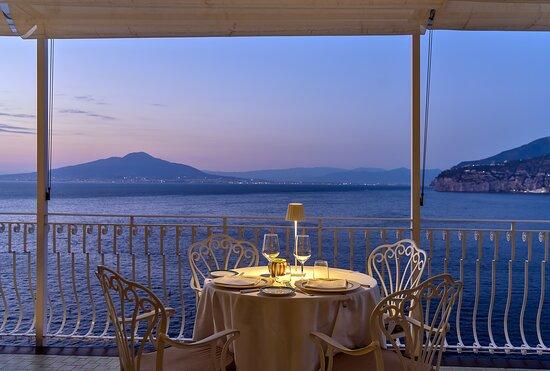 Sunset Calypso restaurant