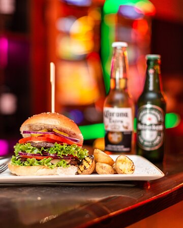 SL West Burger Grill
