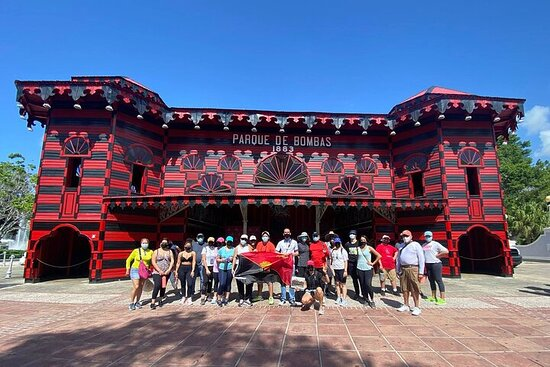 Guided Walking Tour in Ponce