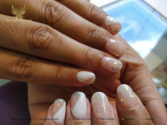 Mahé, Seychellen: Everything is BETTER when you're wearing GORGEOUS nails