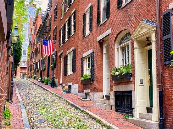 PhotoWalks Tours of Boston