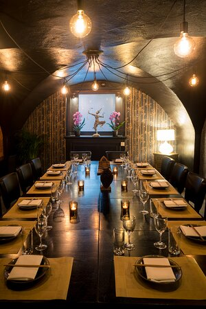 Private Dining, Orchid Room