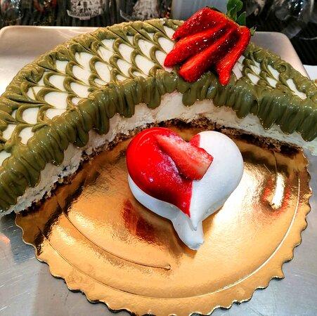Cheesecake mezzaluna al pistacchio