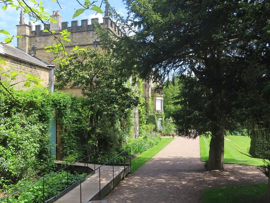 Entering the gardens