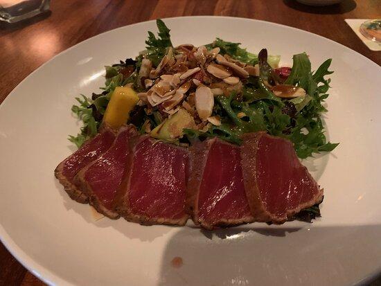 Maui crunch salad