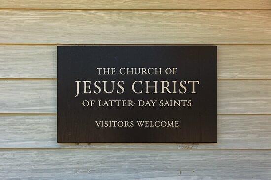 Gordon, NE: Signage outside The Church of Jesus Christ of Latter-day Saints