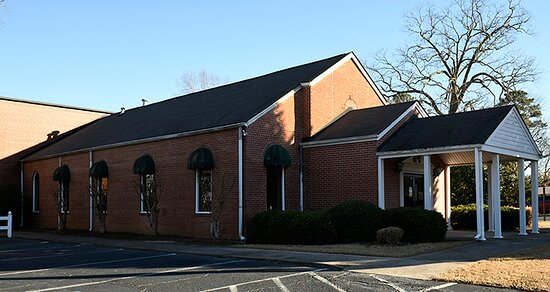 Tyrone Museum is located  at 881 Senoia Road, Tyrone Ga.  In a former church built in 1943