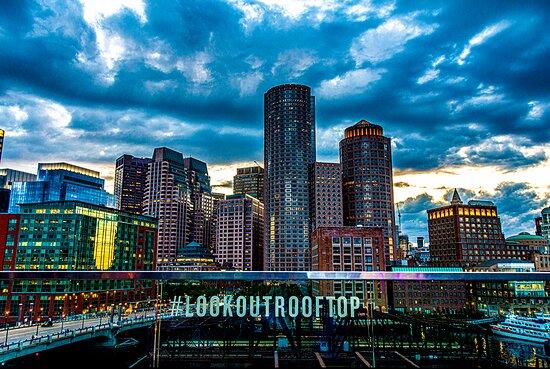 Lookout Rooftop & Bar