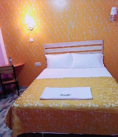 Kimana, Kenya: Our executive rooms with high standard beddings, cool environment.