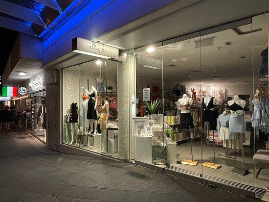 Mooloolaba (เมืองมูลูลาบา), ออสเตรเลีย: Fashion Mooloolaba   Shop 111 Oceans Resort
