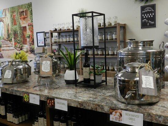 Elz Tastes & Tea Market