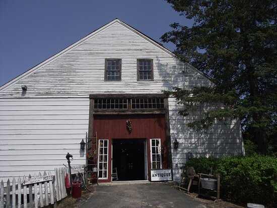 Wolfeboro Antiques & Artisan Barn