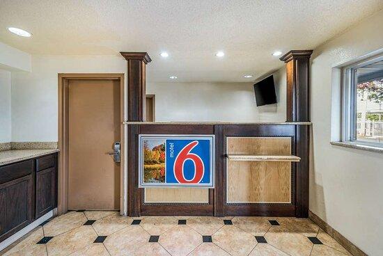 Motel Tom s River NJ Lobby
