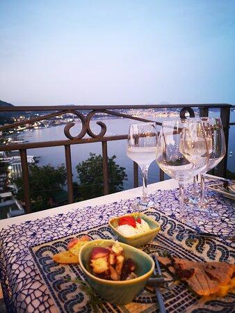 Foto de Il Sestante, Bacoli: Foto scattate il 17 agosto 2021 dal ristorante - Tripadvisor