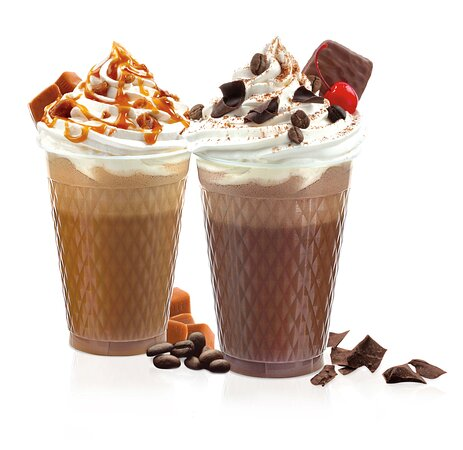 Mélange de café, de lait et de crème glacée molle à la vanille ou chocolat garnis de crème fouettée.