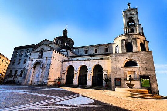 Half Day Private Walking Tour in Catanzaro with Lunch