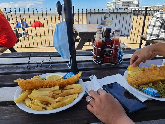 Amazing quality food and service was fast definitely would recommend ⭐️⭐️⭐️⭐️⭐️⭐️ - Foto Weston Beach Cafe, Weston super Mare - Tripadvisor