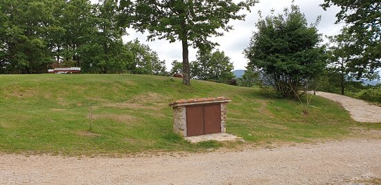 Castelnuovo di Val di Cecina照片